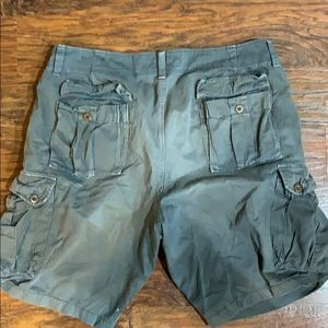 American Eagle cargo shorts size 36